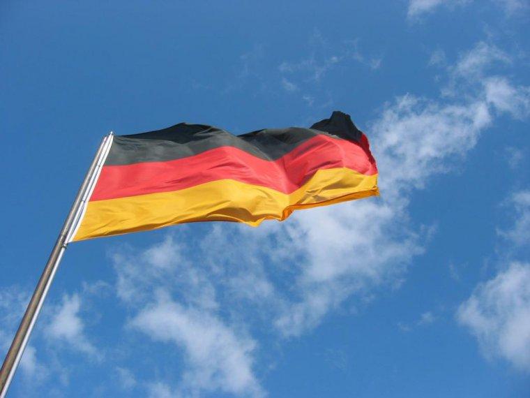 Историк: Германия провоцирует рост неонацистских настроений в Европе