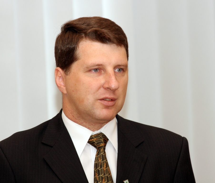 Министр обороны встретится с послом России