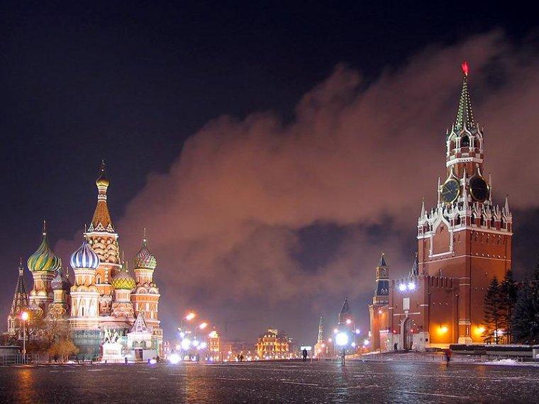Долг России упал за год на 130 миллиардов долларов