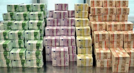 Сегодня Латвия заплатит Еврокомисии миллиард