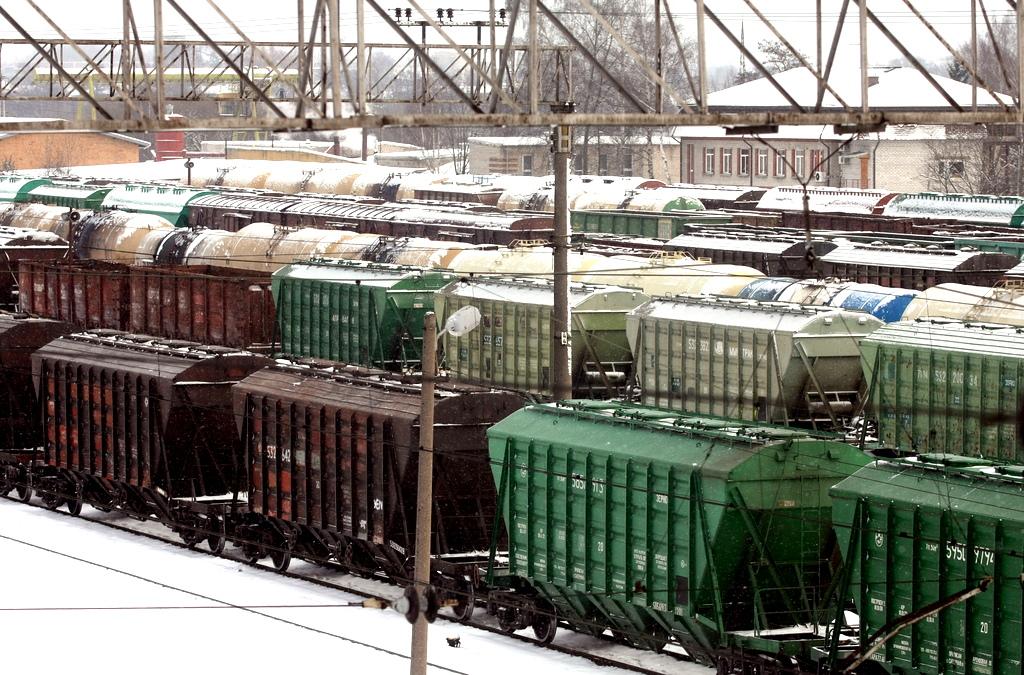 Министр сообщения: поток российских грузов не уменьшился