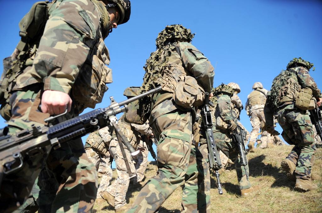 Опрос от Минобороны: 70% латвийцев гордятся своей армией
