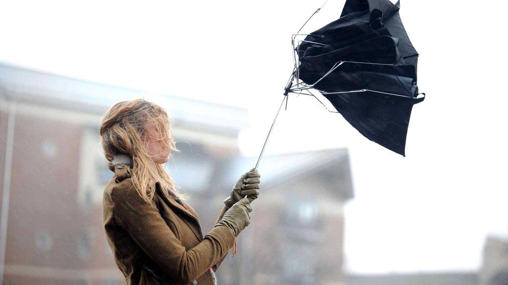 Усиление ветра ожидается уже в субботу вечером