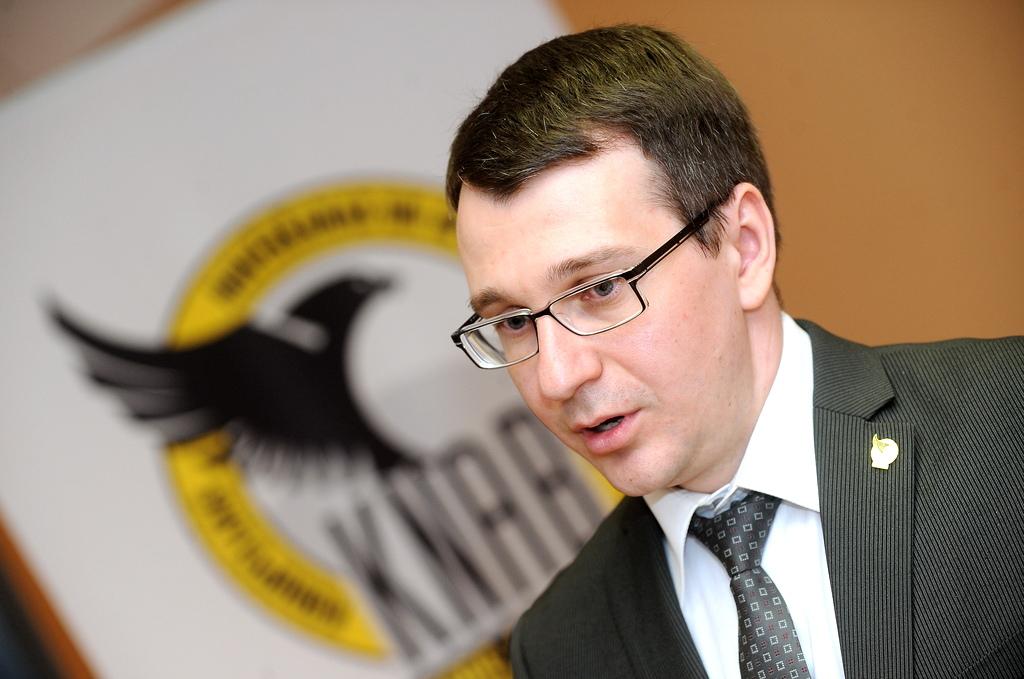 Страуюма проинформирует Стрельчонка о создании комиссии по оценке его работы