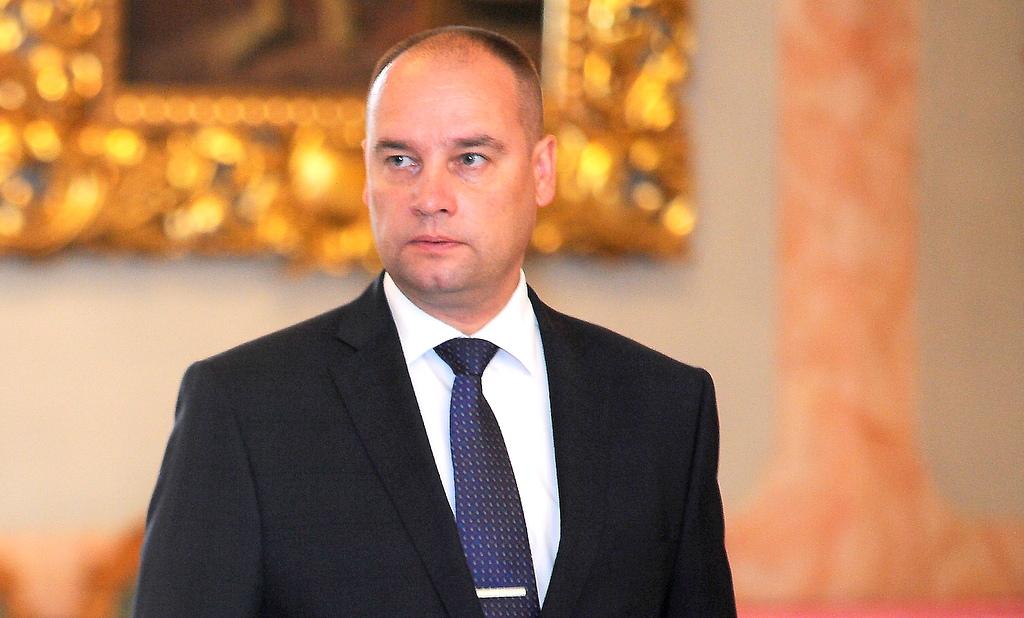 Руководитель президентской канцелярии будет баллотироваться на выборах от СЗК