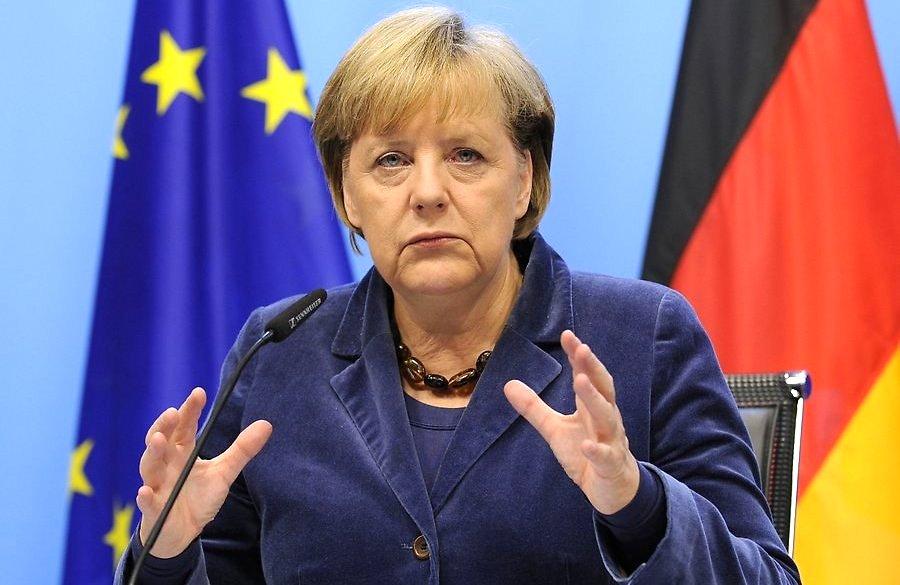 Меркель заявила, что берет мусульман в ФРГ под защиту