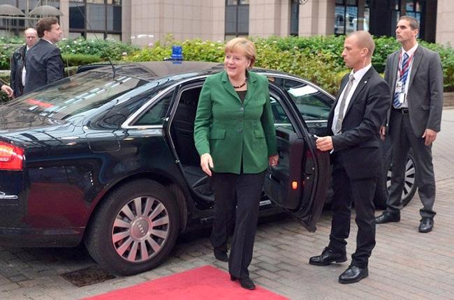 Визит Меркель в Ригу: снова ограничат движение