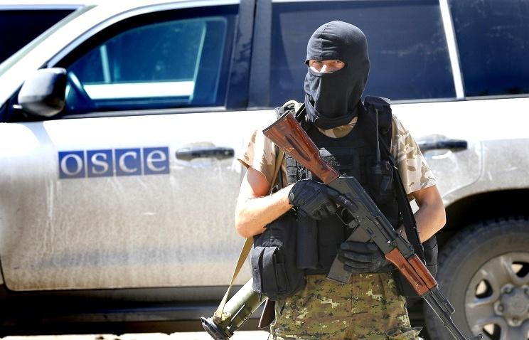 Латвия направит на Украину гражданского эксперта