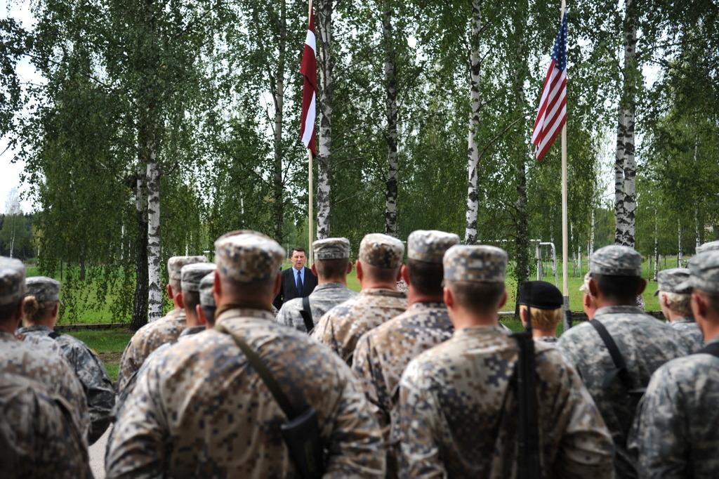 К латвийским резервистам применят Закон о мобилизации
