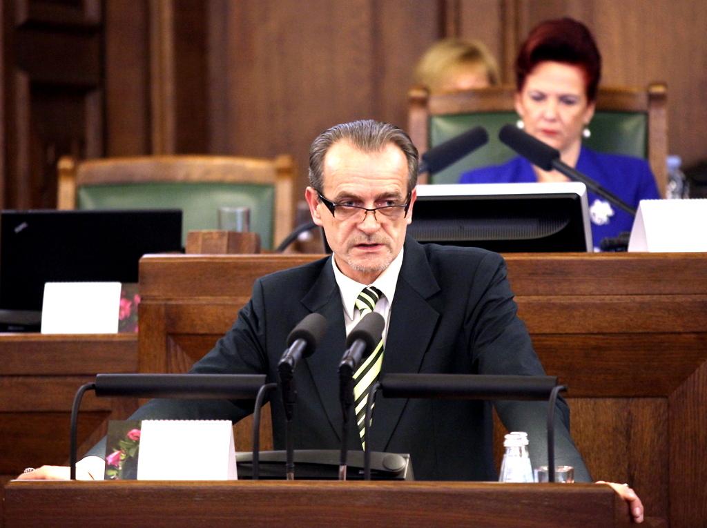 Министр юстиции не будет участвовать в шествии 16 марта
