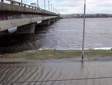 Синоптики: уровень воды в Риге повысится на 125 см
