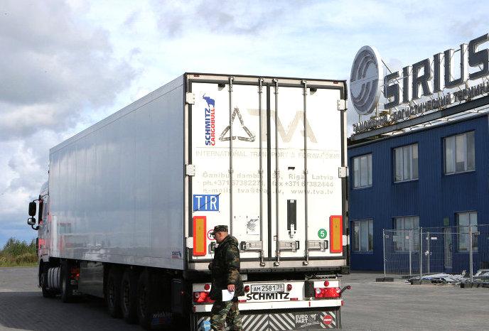 В Латвии резко сократились продажи грузовых автомобилей