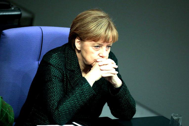СМИ: ФРГ навязывает Европе проект, разрушивший экономику многих стран