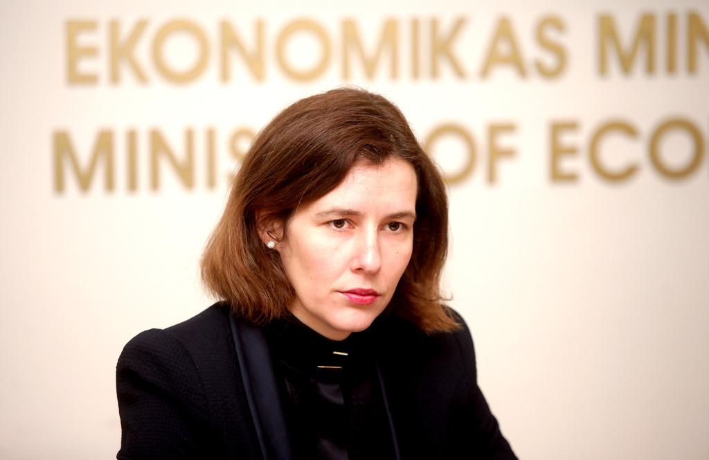 Минэкономики: падение рубля повлияет на Латвию сильнее, чем санкции