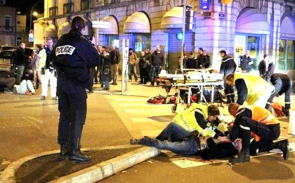ВИДЕО. Во Франции мужчина с криками «Аллах акбар» сбил 11 человек