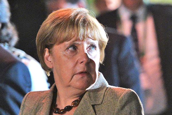 Проблемы обступают Германию со всех сторон