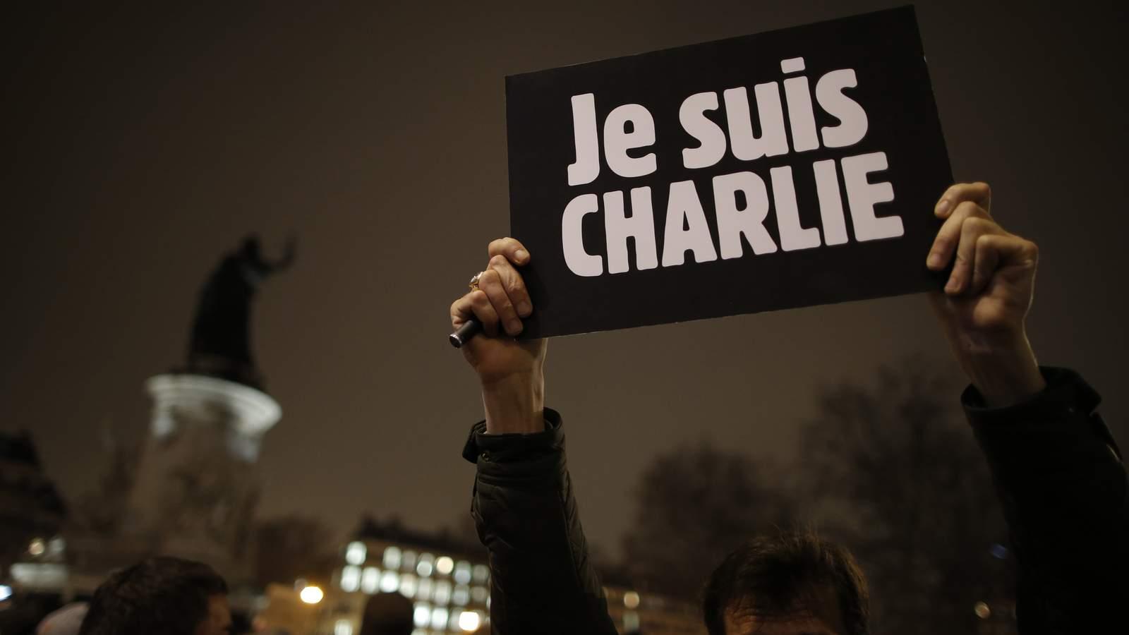 Charlie Hebdo выйдет тиражом 3 млн экземпляров с пророком Мухаммедом на обложке