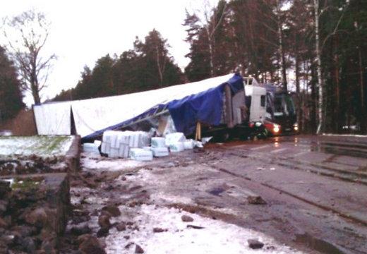 На дорогах страны опять появился «черный лед»