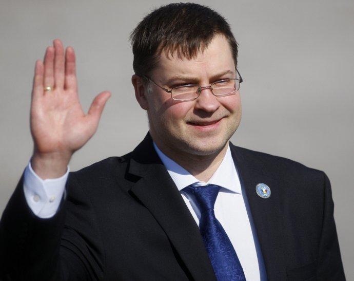 Латвия неофициально проконсультируется с другими странами по поводу 9 мая в Москве