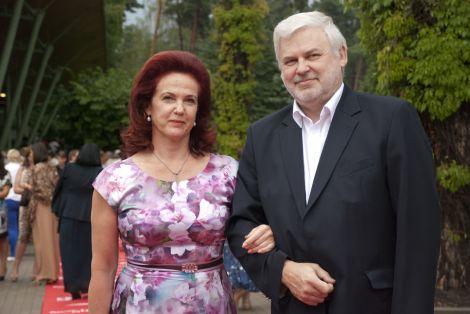 Фирма мужа Аболтини поставляет автомобили Госполиции