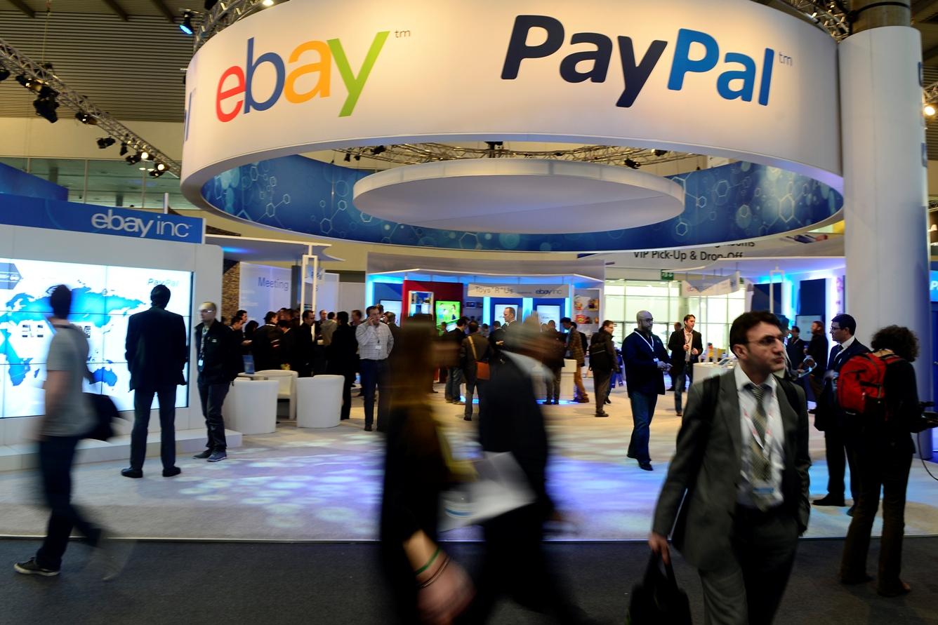 PayPal приостановил работу в Крыму
