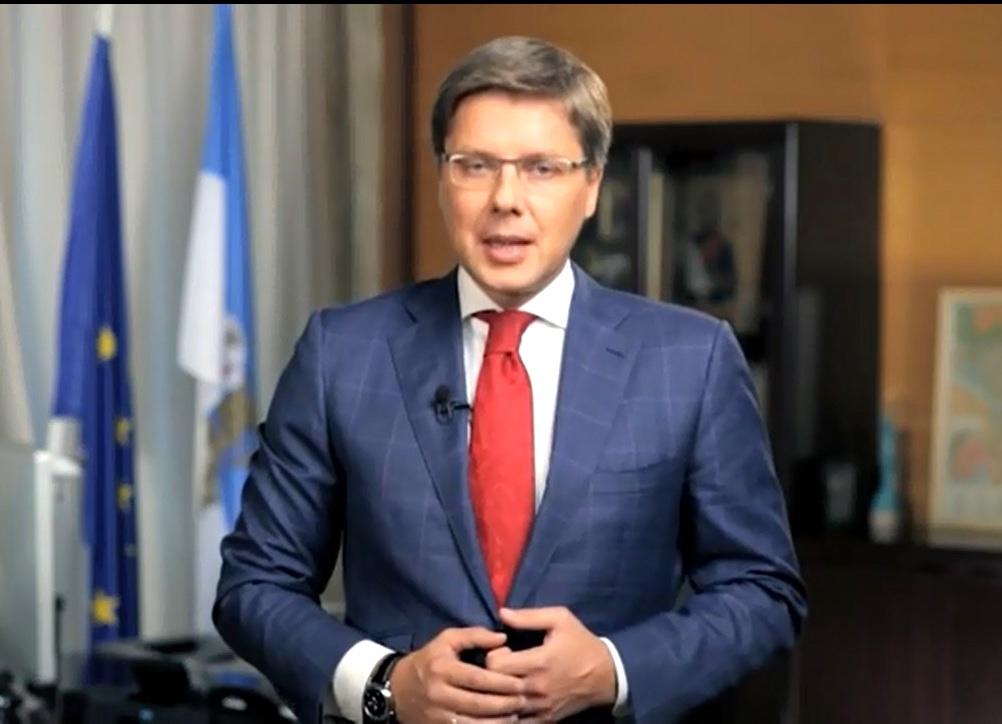 ВИДЕО. Мэр Риги Нил Ушаков поздравил латвийцев с Новым годом