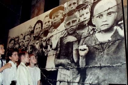 Латвия отменила выставку в Париже об узниках концлагеря Саласпилс
