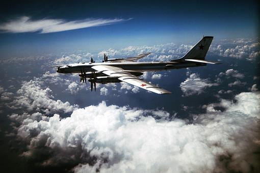 Российские Ту-95 долетели до Британии