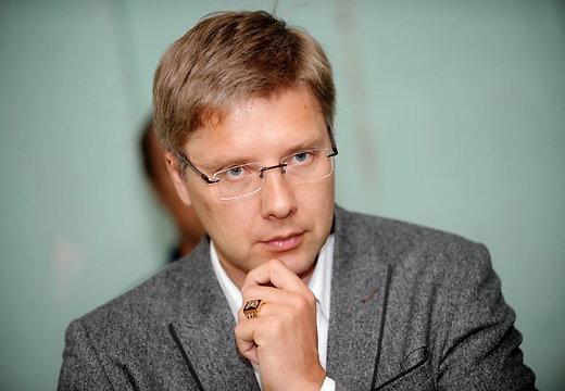 Ушаков упрекает Госконтроль в распространении клеветы