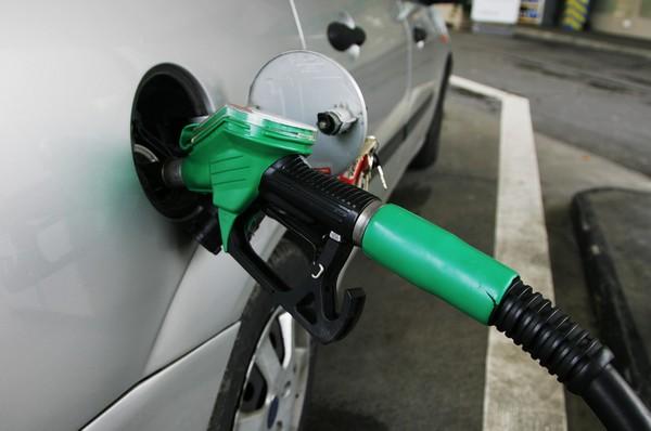 Мировые цены на нефть растут в ожидании сокращения добычи