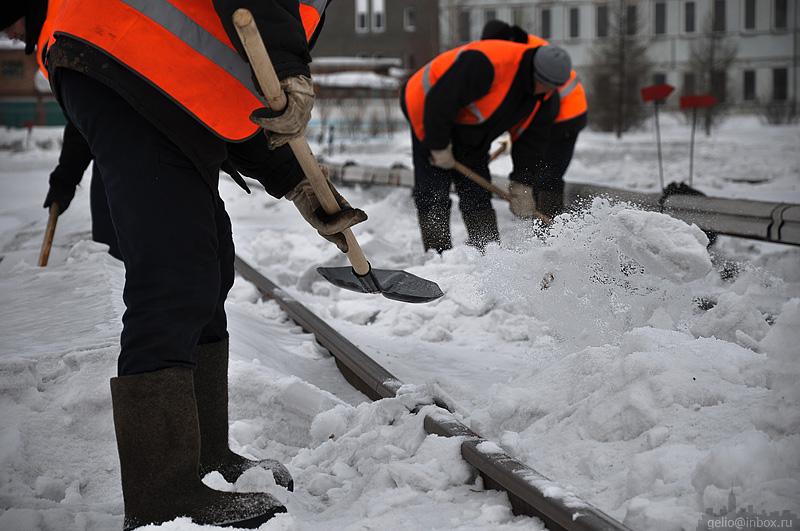 Расчищать снег — опасно для здоровья